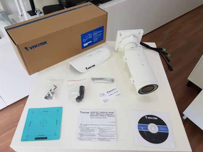 Venkovní IP kamera VIVOTEK IB8382-ET balení