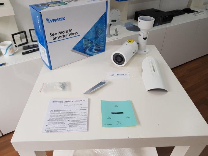 Venkovní IP kamera VIVOTEK IB9389-H obsah balení